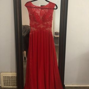 Sherri hill red gown